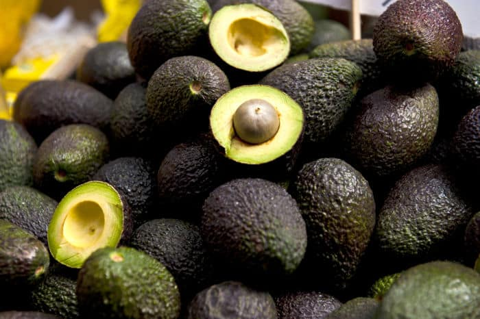 Image of a Hass avocados in bulk