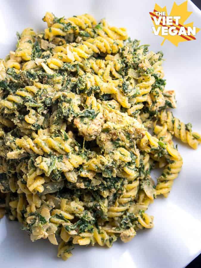 Creamy Spinach Pasta with Vegan Chicken