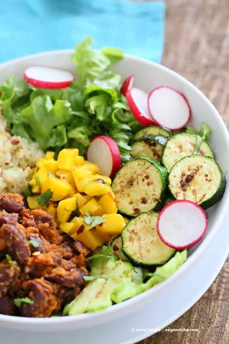 Curried Kidney Beans, Quinoa, Roasted Zucchini, Mango Salsa Bowl