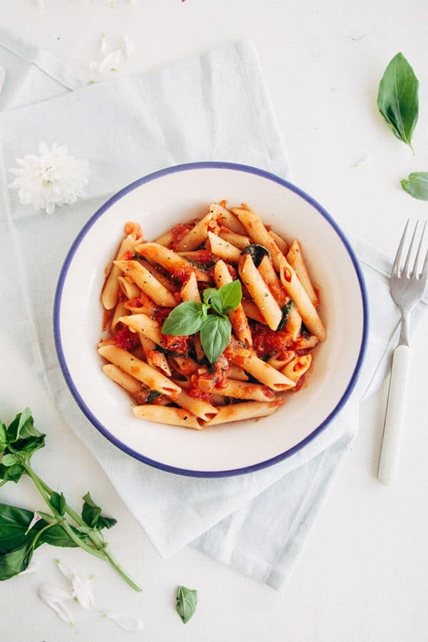 Easy & Delicious Tomato & Basil Penne