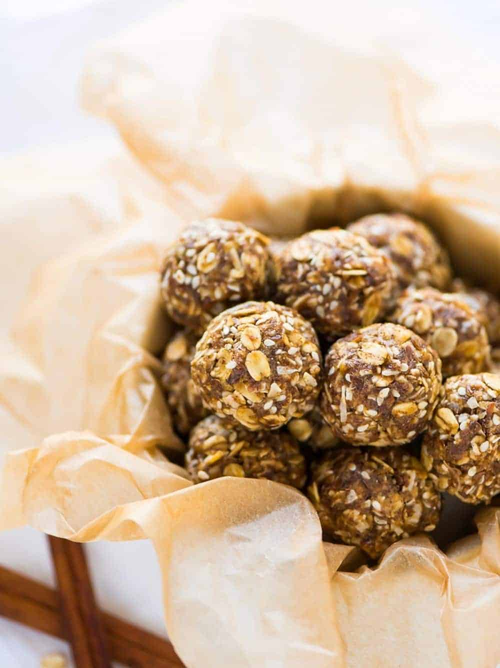 Ginger Cookie Healthy Energy Balls