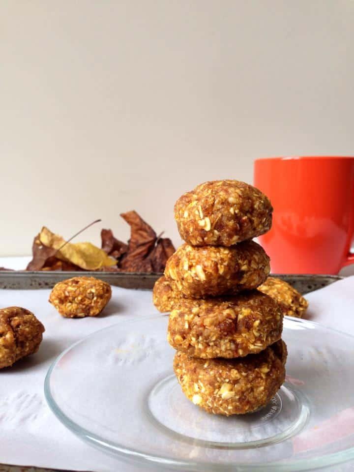 Raw and Healthy Pumpkin Pecan Breakfast Cookies (Gluten-Free)