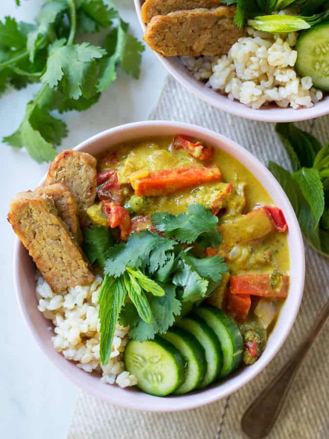 Easy Yellow Curry with Tempeh