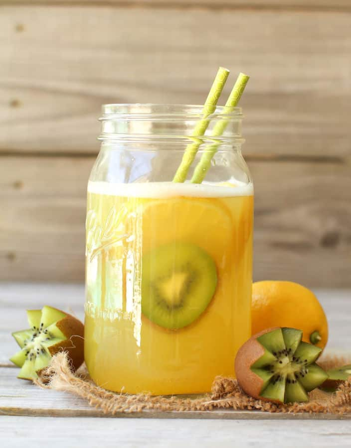 Fruit-Sweetened Lemonade