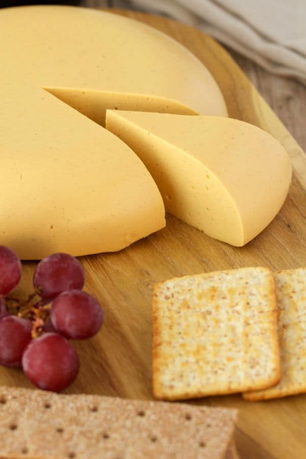 Sliceable Cashew Cheese