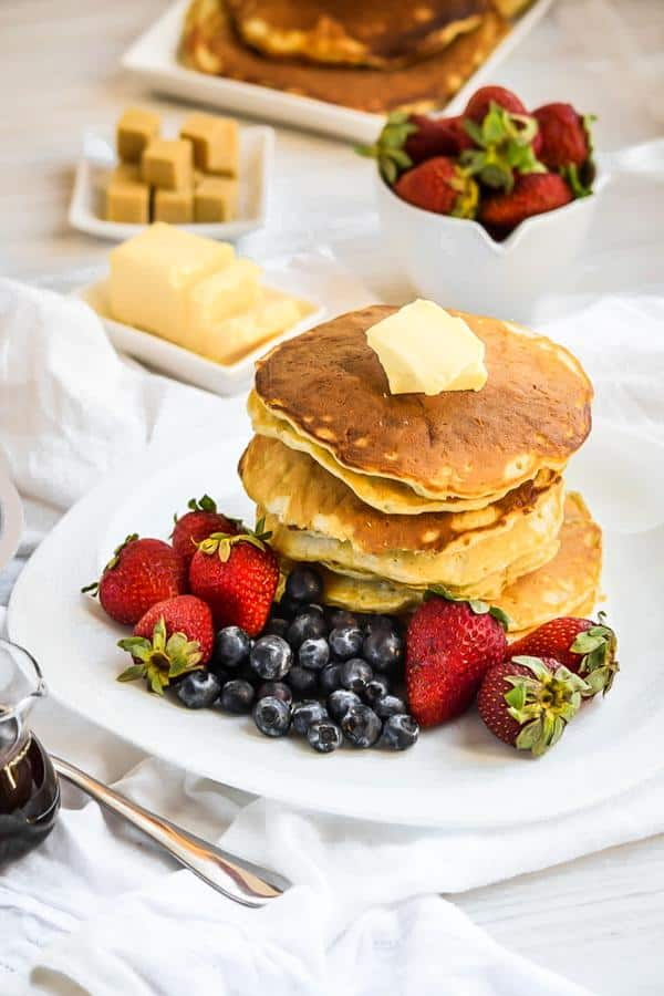 Soft and Simple Coconut Cream Pancakes