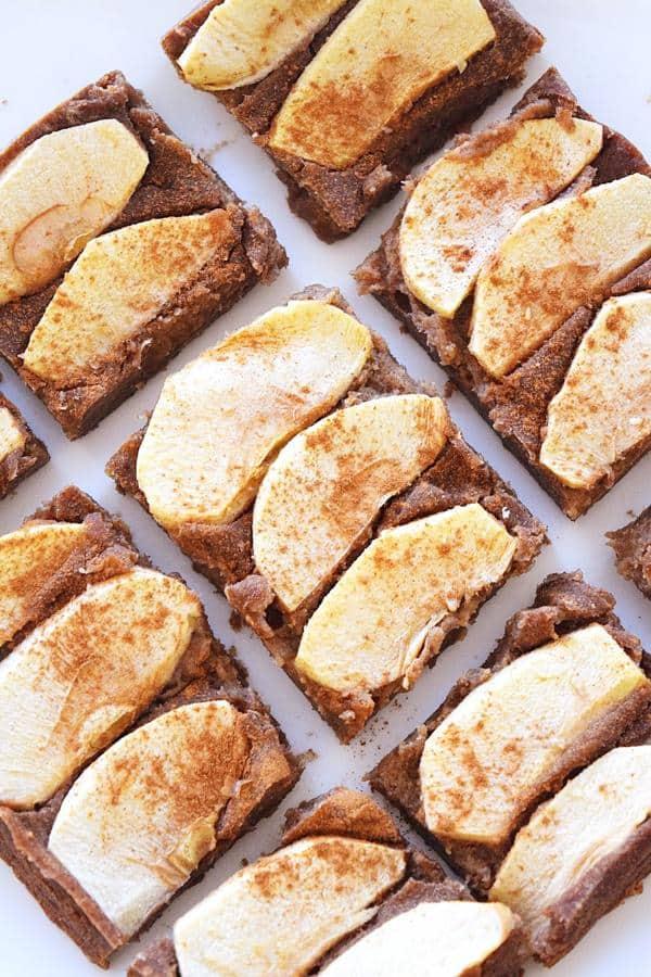 Apple Cinnamon Bars