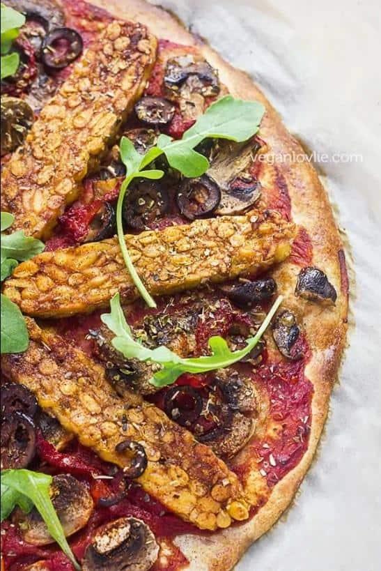 Harissa Tempeh Pizza with No-Knead Dough