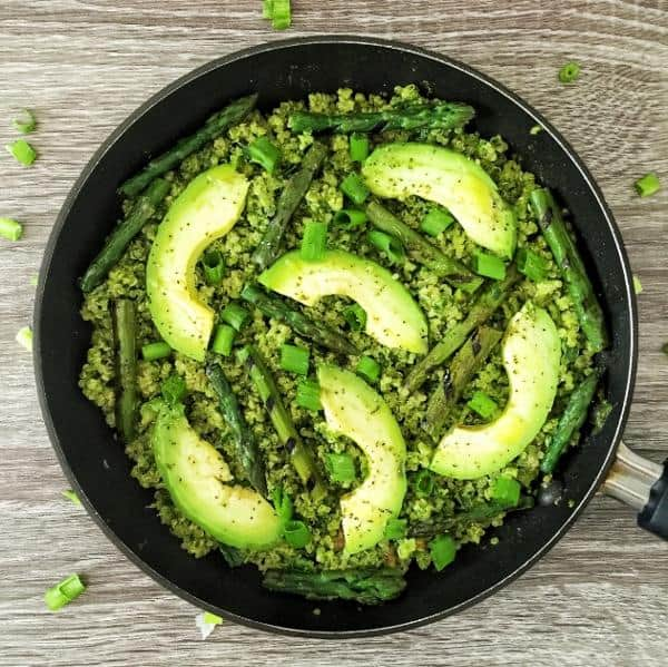 Kale Pesto Quinoa with Asparagus, Avocado, and Green Onion